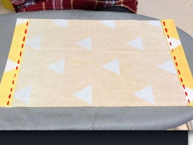 袋口を縫い終わった画像